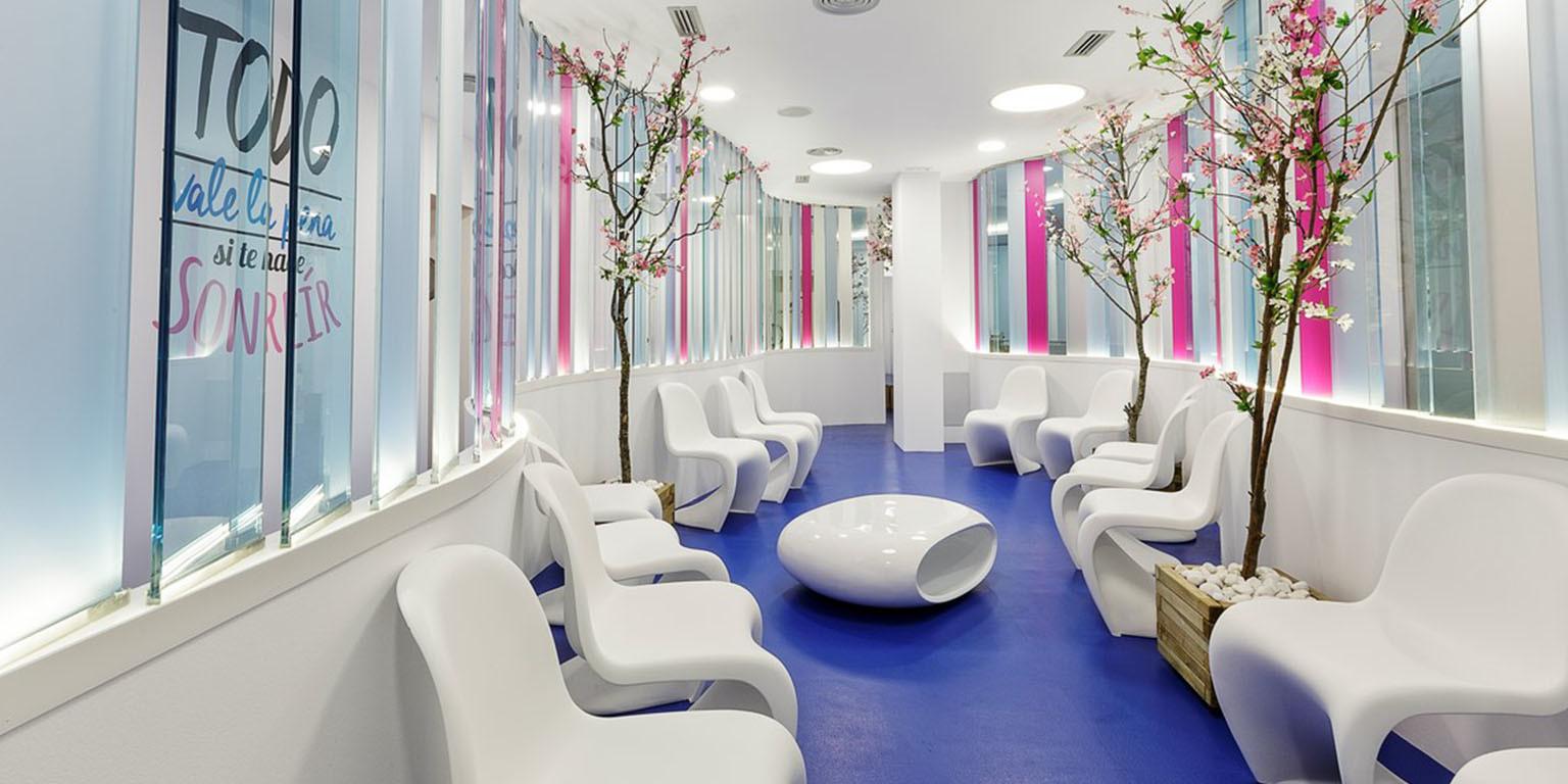 Las Mejores Clínicas de Implantes Dentales de Madrid LosMejoresDeMadrid ® 24