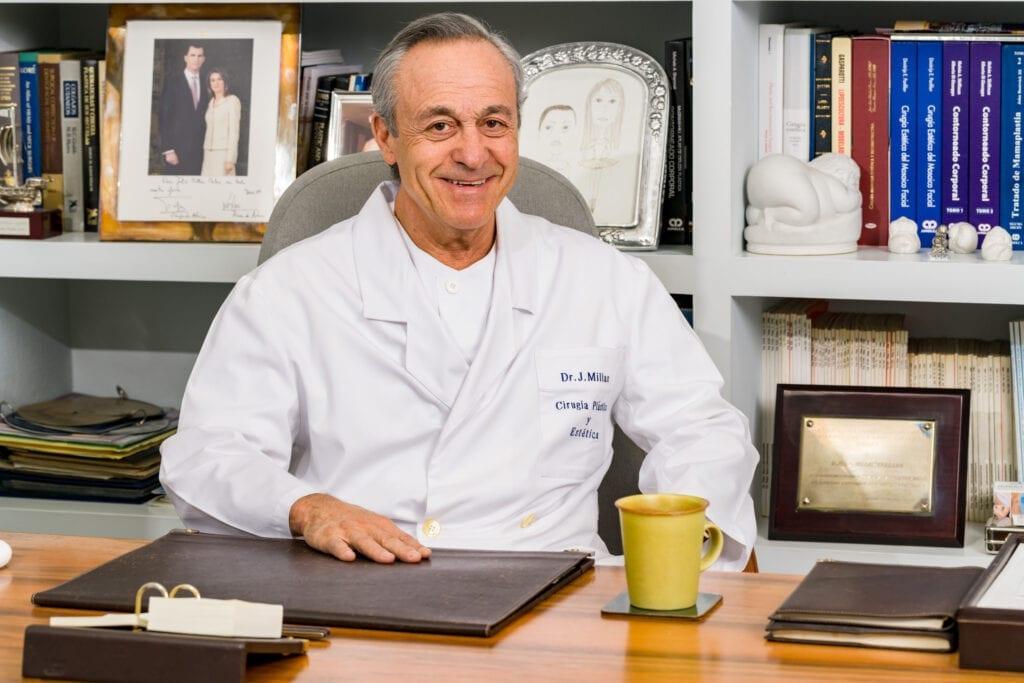 Los Mejores Cirujanos en Reducción de pechos en Madrid LosMejoresDeMadrid ® 11